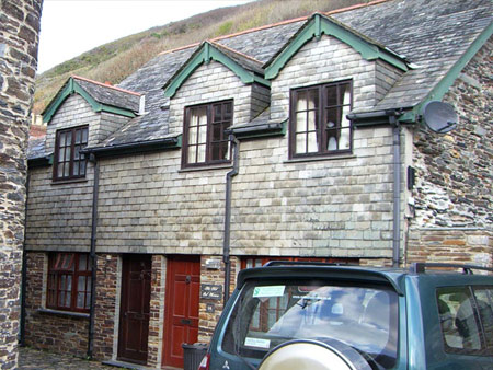 1B THE OLD OIL HOUSE - Self catering