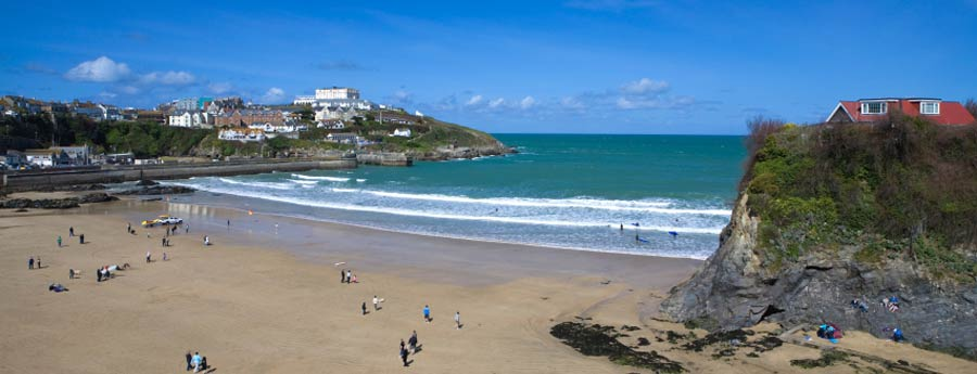 Atlantic Holiday Reach To Fistral Beach