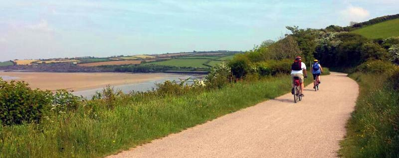 the camel trail cycle route cycling north cornwall wadebridge