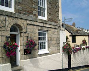 Buckingham House B Amp B Mevagissey Retired Pages Bed And