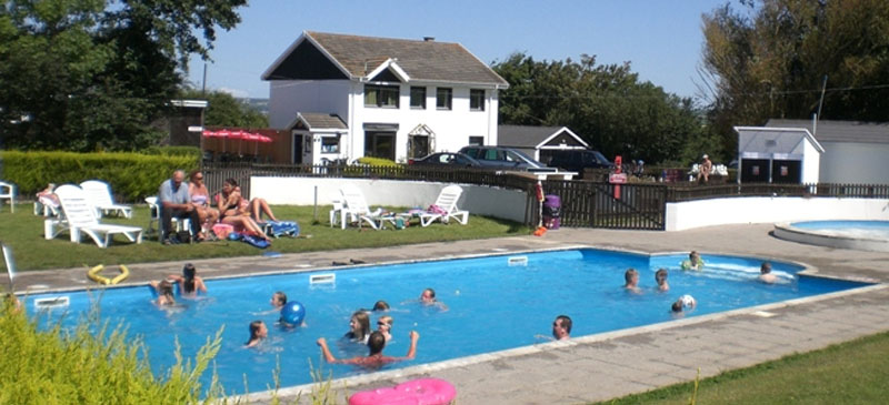 Widemouth bay campsite in north cornwall budemeadows - Camping near me with swimming pool ...