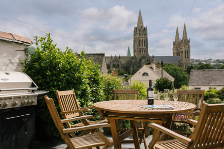Cathedral View Cottage - Self catering