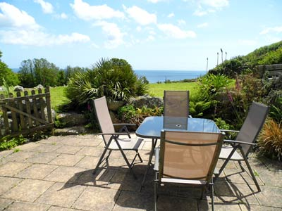 Self Catering Holiday Cottage St Keverne Cornwall