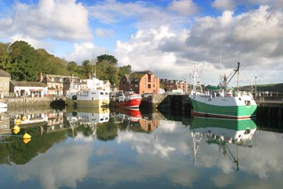 how to get from padstow to port isaac
