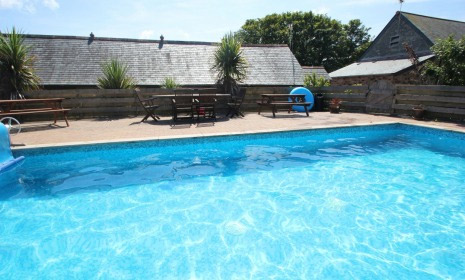 Cornwall cottage holidays swimming pools newquay perranporth falmouth counry view cottages for Holiday cottages with swimming pools uk