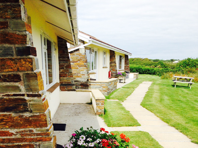 Delamere Bungalows Self Catering Holidays     Delabole     Self Catering
