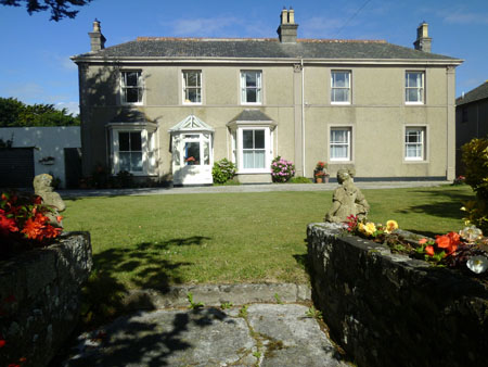 Dongree Holiday Apartment - Self catering