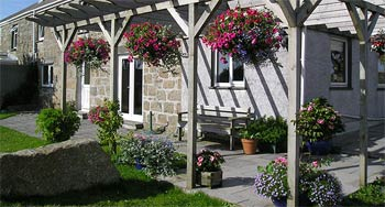 Downs Barn Farm - Bed & Breakfast Self catering