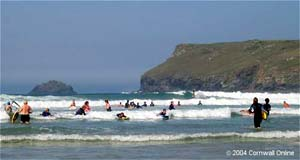 Surfing polzeath beach