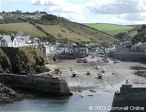Port Isaac harbour at low tide