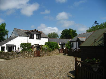 Hallagenna Cottages     St Breward     Self Catering