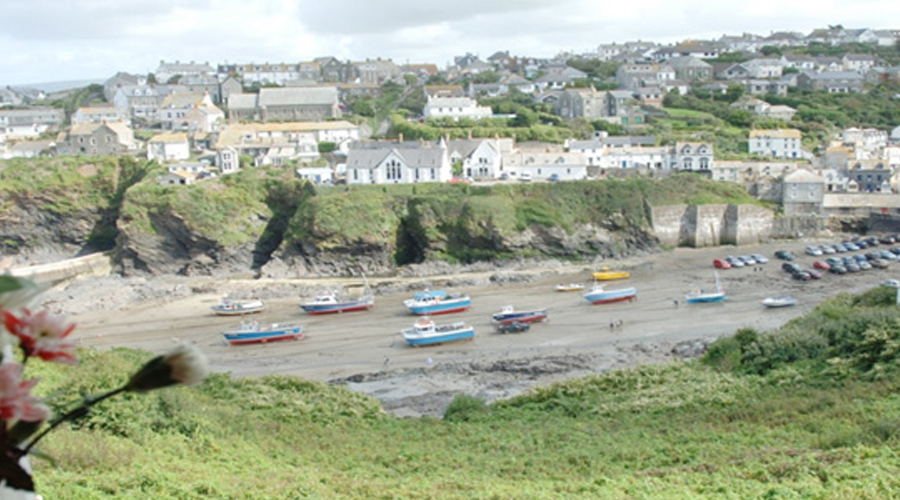 Superb Port Isaac Holidays With Sea Views Hathaway Port Isaac Home Interior And Landscaping Oversignezvosmurscom