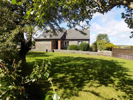 Higher Polgassic Holiday Cottage - Self catering