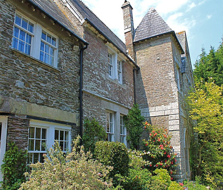 Landaviddy Manor (slps16)  & Manor Cottage (slps 5) - Self catering