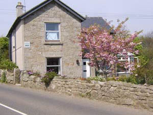 Meadowside Cottage - Bed & Breakfast