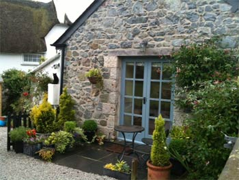 Morva - Rosenithon - Self Catering