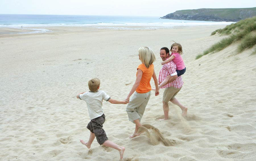 Newquay Holiday Parks self catering static caravans and camping ...