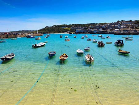 St Ives harbour i- the perfect Holiday setting in West Cornwall