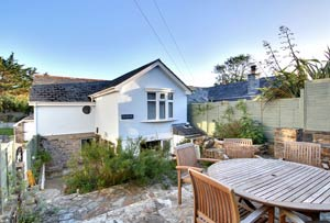 Puffins Cottage - Rock - Self Catering