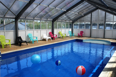 Seaview holidays kennack sands holiday caravans lodges - Holiday lodges with swimming pools ...