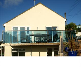 Surfs Edge - Self Catering