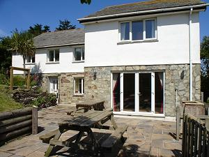 Tamarisk House     Mawgan Porth     Self Catering