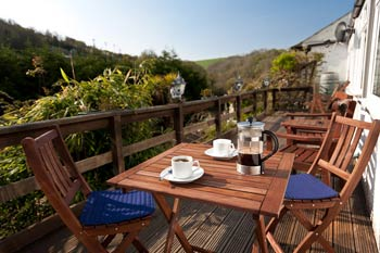 The Cottles     Polperro     Bed & Breakfast + Self catering