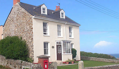 Tregundy Farm House - Self Catering