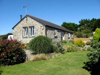 Trelowarren Barn - Self Catering