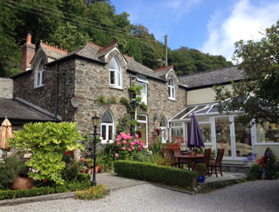 Valency Holiday - Self catering + Bed & Breakfast