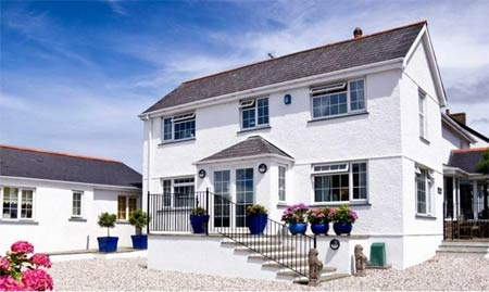 The White House  - B&B     Nr. Padstow     Bed & Breakfast Self catering